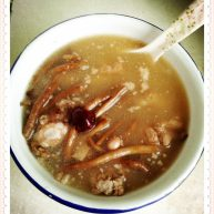 红枣墨鱼滋补排骨汤