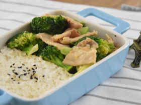 西兰花炒肉片-简单美味,营养丰富的家常小炒