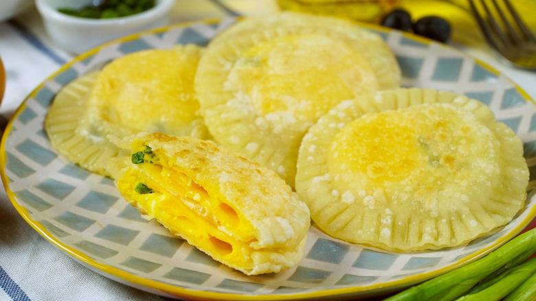 饺子皮版鸡蛋灌饼