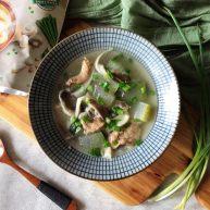 秀珍菇冬瓜肉片汤