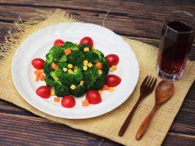 凉拌花椰菜