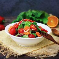 """蔬菜<span style=""""color:red"""">沙拉</span>"""