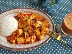 红烧豆腐+混合果蔬汁 营养套餐