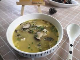 菌菇豆腐昂刺鱼汤