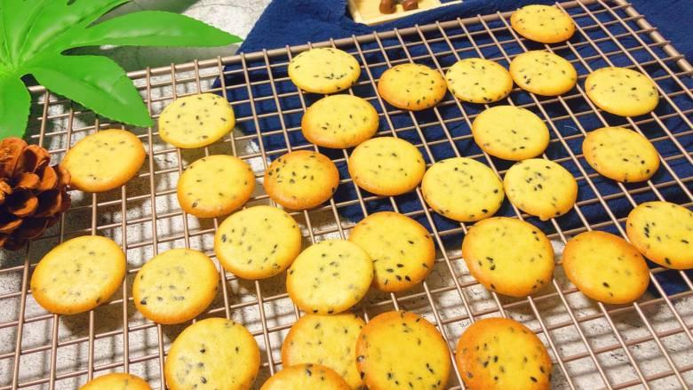 宝宝健康小食——黑芝麻薄脆饼干