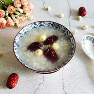 快手早餐 红枣莲子糯米粥
