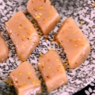 温婉精致的七夕红楼小食——藕粉桂花糖糕