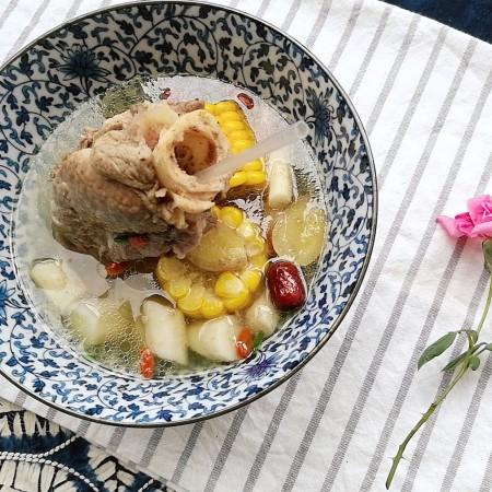 秋季滋养,山药玉米红枣筒骨汤