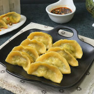 #彩色水饺# 马兰头猪肉南瓜饺
