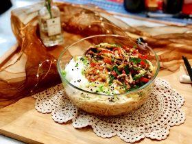 记忆里的那碗面➕尖椒榨菜肉丝面
