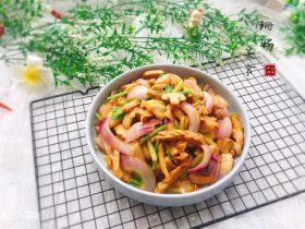 地方菜+五花肉炒笋干