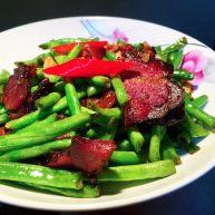 薰肉炒长豆角