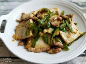 青椒肉丝香煎豆腐