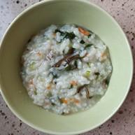 早餐.牛肉蔬菜粳米粥