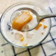 芒果黑米椰奶西米露