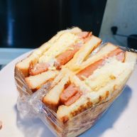 厚蛋燒芝士午餐肉三明治