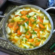 河虾豆腐汤
