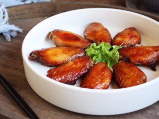 烤鸡翅(日式烧烤味),成品图。
