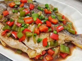 红烧金鲳鱼,成品