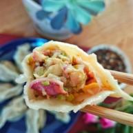 海鲜酸菜饺子