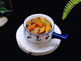 胡萝卜焖笋烧肉