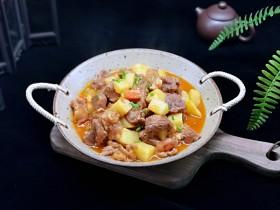 酸汤土豆烩牛肉
