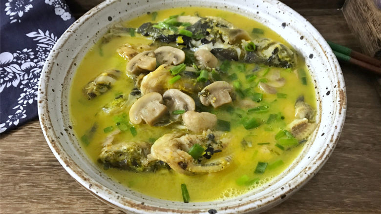 蘑菇汪丁鱼汤