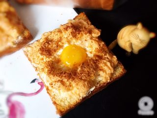 快速早餐吐司片-鸡蛋味,早餐吃这个是不是享受啊。