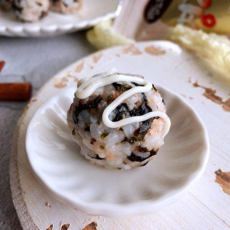 日式海苔饭团