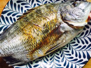 美味家烧+红烧鱼,腌制十分钟