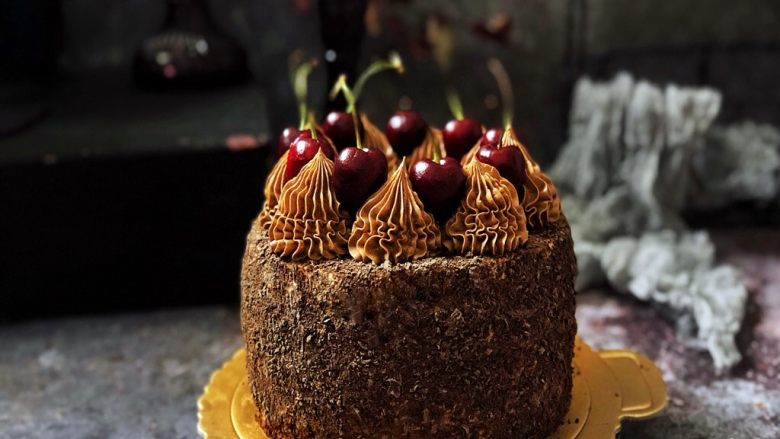浓情蜜意-巧克力奶油蛋糕