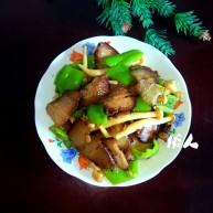 海鲜菇炒腊肉