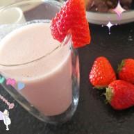 草莓奶昔??—少女心爆棚