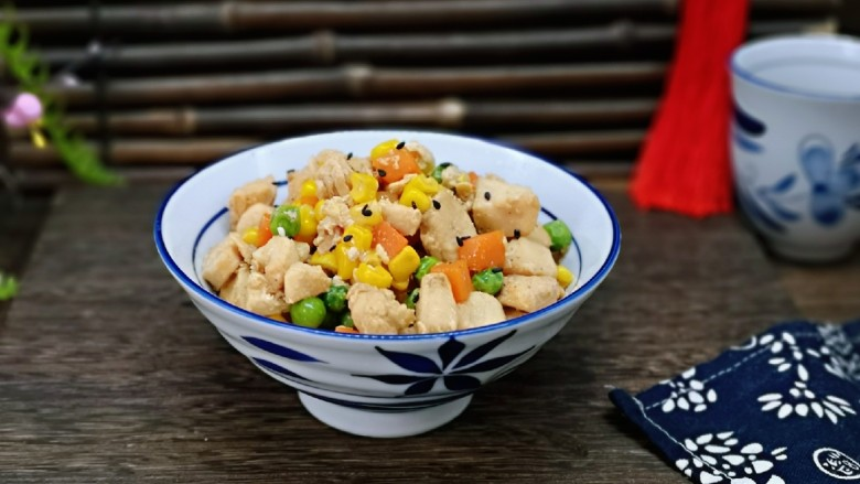 低脂低热彩蔬黑胡椒鸡丁