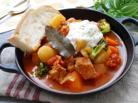 黑猪肉番茄炖菜