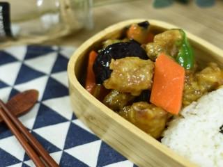 溜肉段烧茄子,东北内旮旯家喻户晓的硬菜,也太好吃了