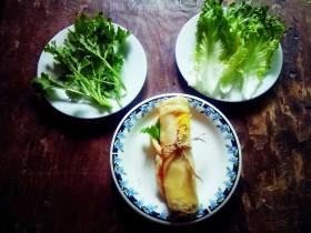 #千花万蕊待食来#    香菜鸡蛋灌饼
