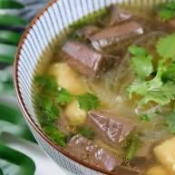 手鸭血粉丝汤,热乎乎的赶快来上一碗吧