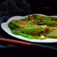 蒜蓉芝麻酱淋生菜