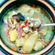竹荪冬菇鸡汤