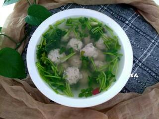鲅鱼丸子汤
