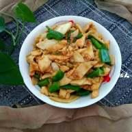 杏鲍菇青椒炒鸡肉