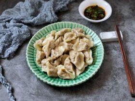 营养丰富的胡萝卜香菇猪肉饺子