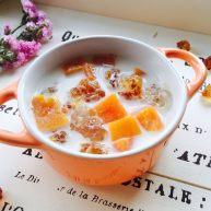 木瓜牛奶炖桃胶