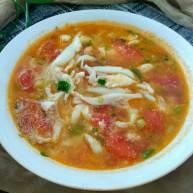 银鱼西红柿汤