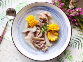 菌菇玉米扇骨汤(高压锅版)