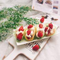"""草莓抱抱卷+<span style=""""color:red"""">春天</span>的味道"""