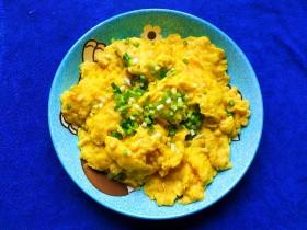 鲜笋丁焖蛋