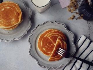 酵母版炼奶松饼,不用泡打粉做的松饼,蓬松柔软好吃