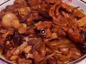 东北名菜--小鸡炖蘑菇粉条